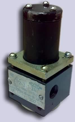 Гидрораспределитель с электромагнитным управлением ГР 2-3 (24В и 12В)